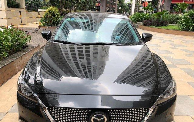 Cần bán xe Mazda 6 năm 2019, màu xám còn mới0