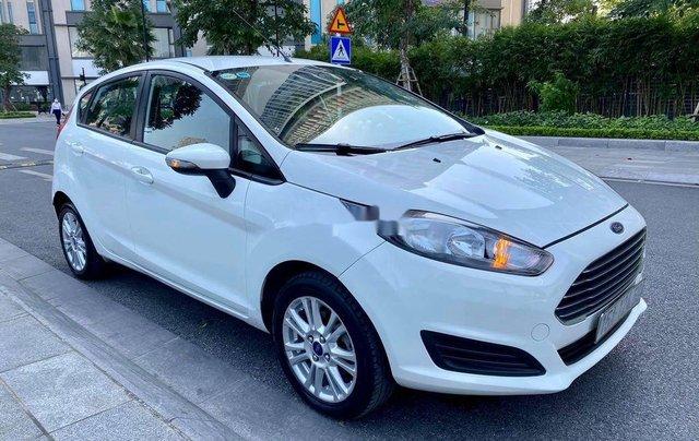 Chính chủ bán Ford Fiesta sản xuất năm 2014, màu trắng2