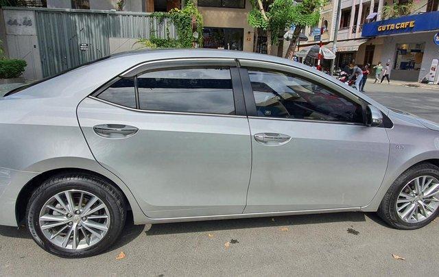 Cần bán xe Toyota Corolla Altis năm 2015, màu bạc10