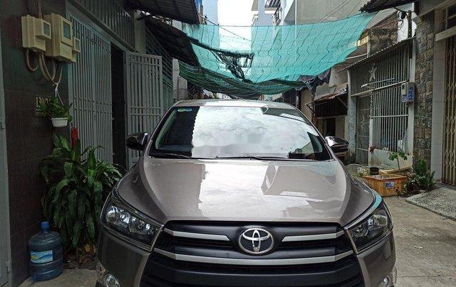 Cần bán lại xe Toyota Innova đời 2018, giá tốt1