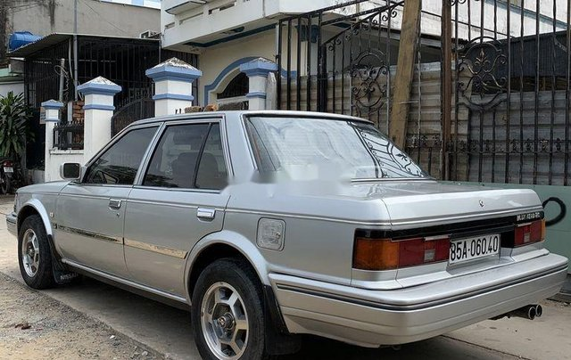 Bán Nissan Bluebird năm sản xuất 1988, xe nhập3