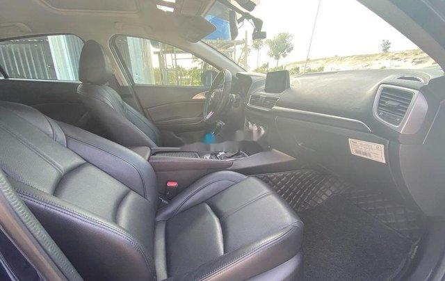 Cần bán gấp Mazda 3 sản xuất năm 2019, màu xanh lam3