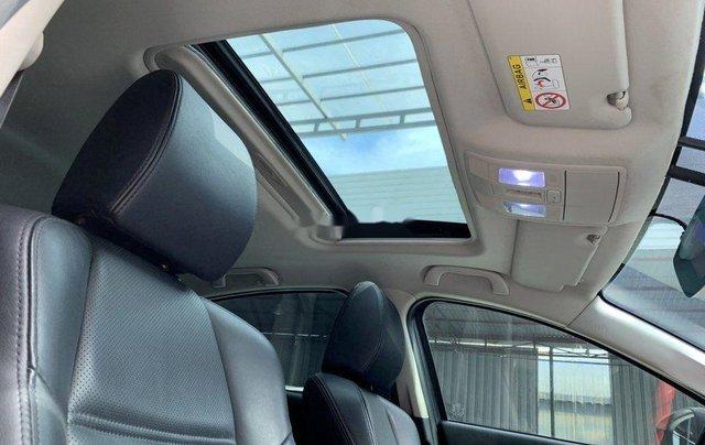 Xe Mazda 6 đời 2015, màu trắng chính chủ, giá tốt10