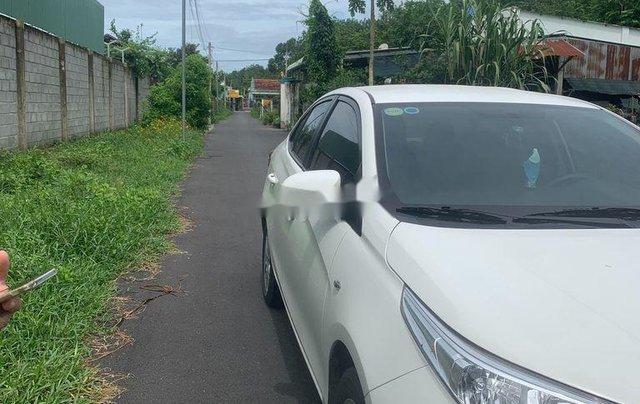 Bán xe Toyota Vios năm 2019, màu trắng, nhập khẩu3
