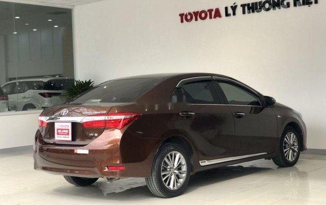 Bán Toyota Corolla Altis năm sản xuất 2014, màu nâu chính chủ, giá 560tr4