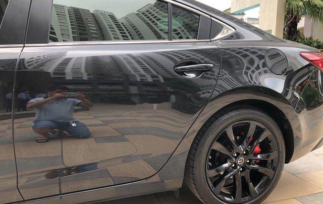 Cần bán xe Mazda 6 năm 2019, màu xám còn mới2
