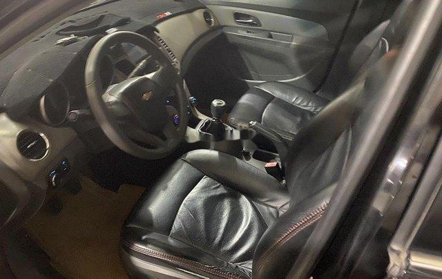 Cần bán lại xe Chevrolet Cruze sản xuất 2010, màu đen chính chủ, giá chỉ 244 triệu4