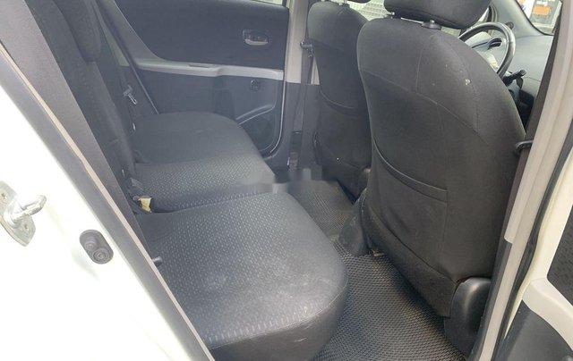 Bán Toyota Yaris sản xuất 2010, màu trắng, nhập khẩu còn mới, giá tốt10