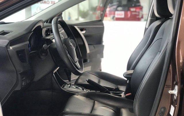 Bán Toyota Corolla Altis năm sản xuất 2014, màu nâu chính chủ, giá 560tr7