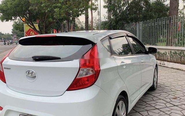 Xe Hyundai Accent sản xuất năm 2014, màu trắng, nhập khẩu1