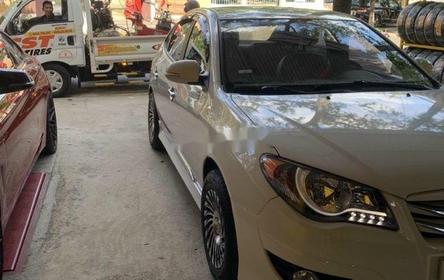Bán ô tô Hyundai Avante năm sản xuất 2014, màu trắng, 305tr1