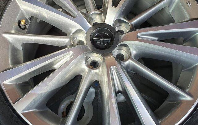 Cần bán xe Toyota Corolla Altis năm 2015, màu bạc13