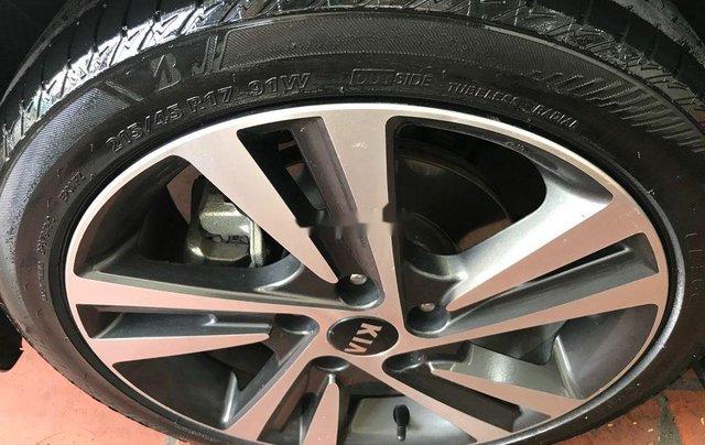 Cần bán lại xe Kia Cerato sản xuất 2017, full option11