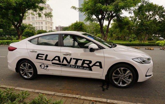 Bán ô tô Hyundai Elantra sản xuất 2017 còn mới1