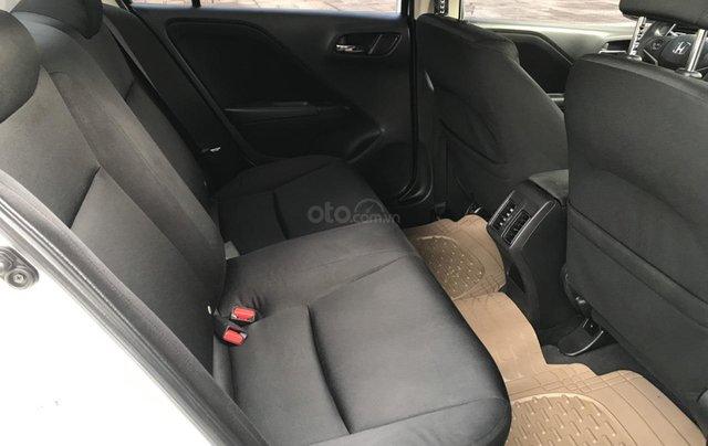 Bán Honda City đời 2016, màu trắng, số tự động, biển TP, trang bị full chỉ cần lấy về đi, giá siêu tốt11