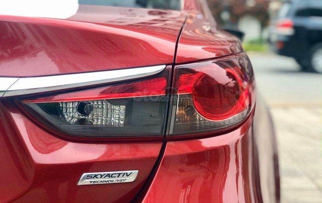 Cần bán gấp chiếc Mazda6 2.5 sản xuất 2014 màu đỏ cực đẹp4