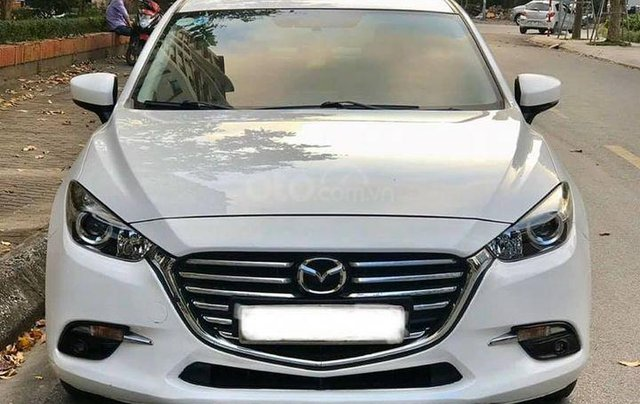 Cần bán nhanh với giá thấp chiếc Mazda 3 sản xuất 2017 Bản FL1
