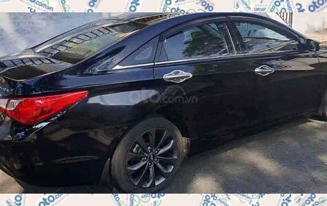 Xe Hyundai Sonata sản xuất năm 2011, màu đen, nhập khẩu nguyên chiếc xe gia đình1