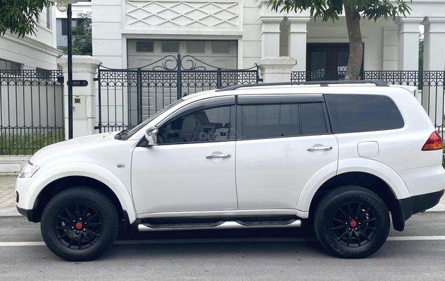 Mitsubishi Pajero Sport sản xuất 2012, số sàn 2 cầu màu trắng1