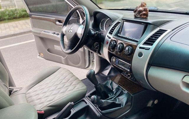 Mitsubishi Pajero Sport sản xuất 2012, số sàn 2 cầu màu trắng3