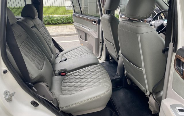 Mitsubishi Pajero Sport sản xuất 2012, số sàn 2 cầu màu trắng4