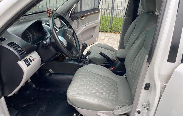 Mitsubishi Pajero Sport sản xuất 2012, số sàn 2 cầu màu trắng5