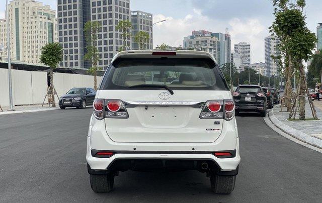 Cần bán xe Fortuner Sportivo 2015, màu trắng4