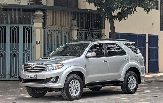 Cần bán nhanh chiếc Toyota Fortuner sản xuất 2014 giá ưu đãi0