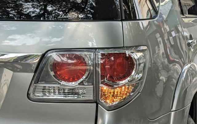 Cần bán nhanh chiếc Toyota Fortuner sản xuất 2014 giá ưu đãi2