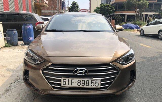 Bán con xe Hyundai Elantra MT 2017 giá đẹp xe ngon chỉ có tại oto.com.vn4