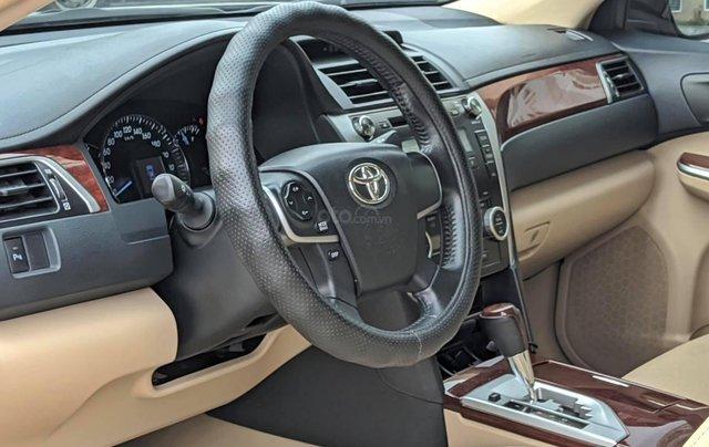 Chính chủ cần bán nhanh chiếc Toyota Camry 2.5Q sx 2013 xe còn mới4