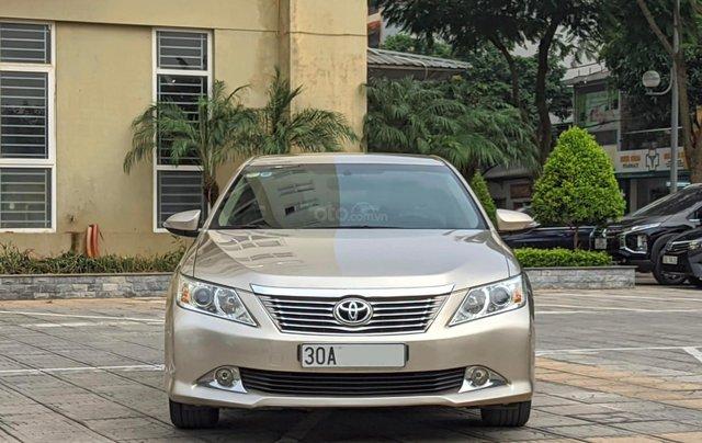 Chính chủ cần bán nhanh chiếc Toyota Camry 2.5Q sx 2013 xe còn mới0