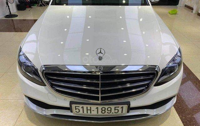 Cần bán Mercedes Benz C200 Exclusive model 2020, màu trắng3