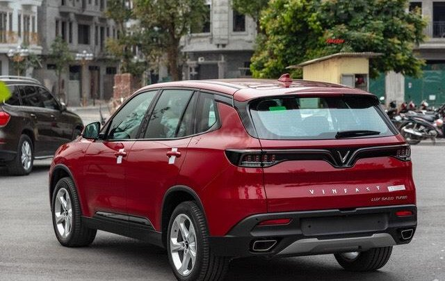 Vinfast Lux SA 2.0 giá tốt Miền Nam + Giảm đến 371 triệu tương đương 22% giá trị xe, chỉ có tại VinFast1