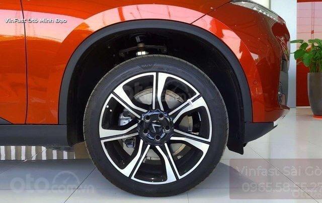 Vinfast Lux SA 2.0 giá tốt Miền Nam + Giảm đến 371 triệu tương đương 22% giá trị xe, chỉ có tại VinFast4
