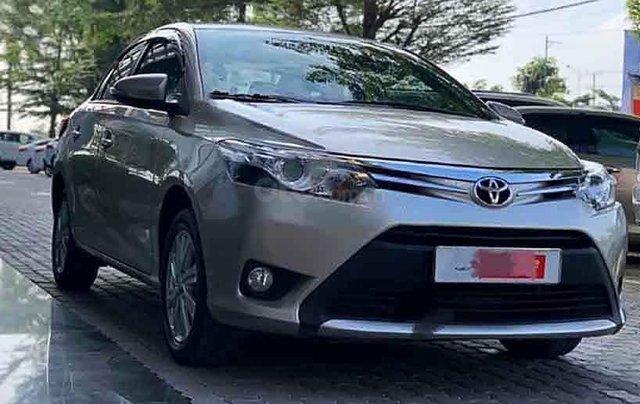 Cần bán gấp Toyota Vios sản xuất 2016, màu vàng, giá chỉ 450 triệu0