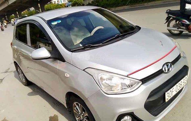 Cần bán lại xe Hyundai Grand i10 sản xuất năm 2014, màu bạc, nhập khẩu 4
