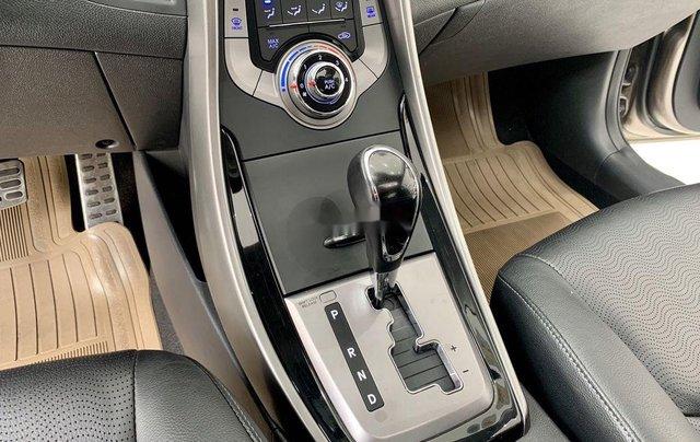 Bán Hyundai Elantra năm sản xuất 2013, nhập khẩu còn mới9