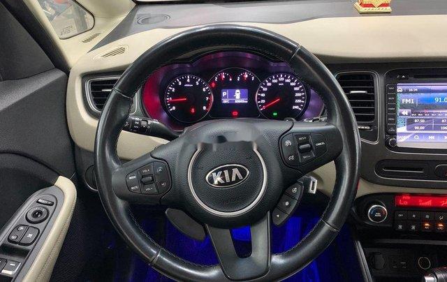 Cần bán gấp Kia Rondo năm sản xuất 2016 còn mới giá cạnh tranh5