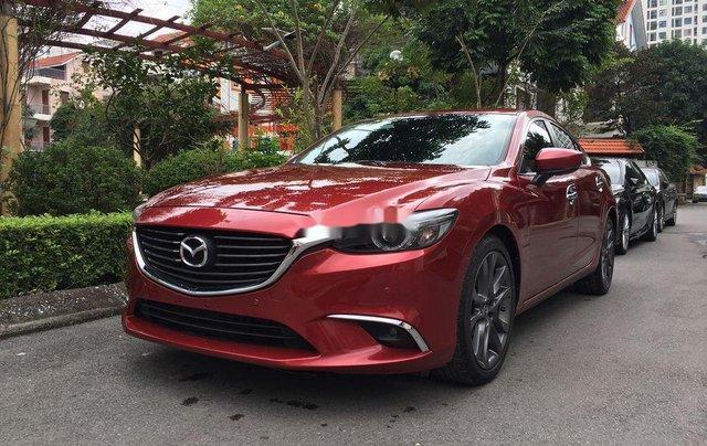 Cần bán lại xe Mazda 6 sản xuất 2017, hỗ trợ bank 70%2