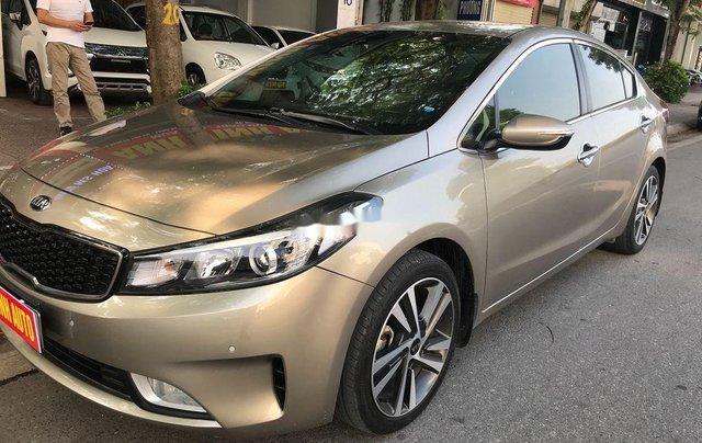 Cần bán lại xe Kia Cerato sản xuất 2017, full option2