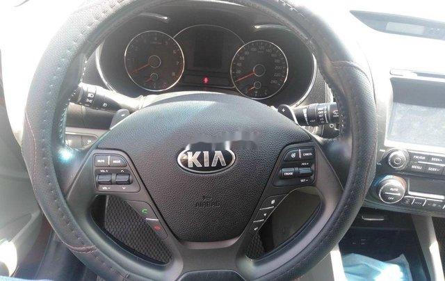 Bán Kia K3 sản xuất 2016, xe còn mới6