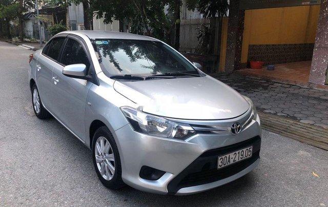 Cần bán xe Toyota Vios sản xuất 2014, một chủ từ mới 0