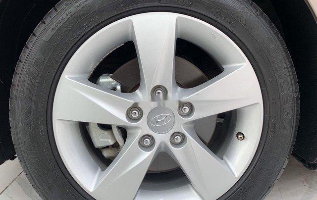 Bán Hyundai Elantra năm sản xuất 2013, nhập khẩu còn mới11
