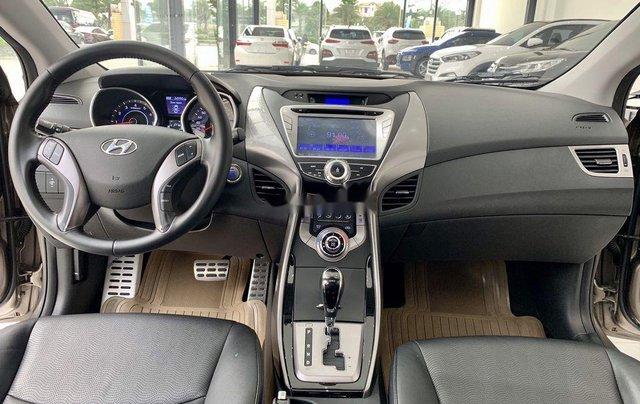 Bán Hyundai Elantra năm sản xuất 2013, nhập khẩu còn mới8