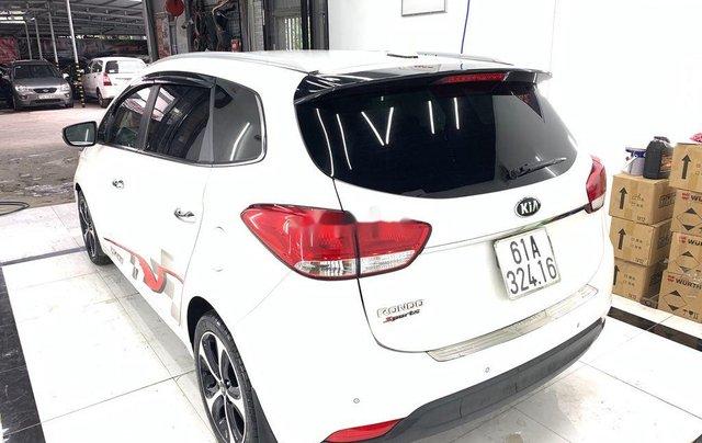 Cần bán gấp Kia Rondo năm sản xuất 2016 còn mới giá cạnh tranh4