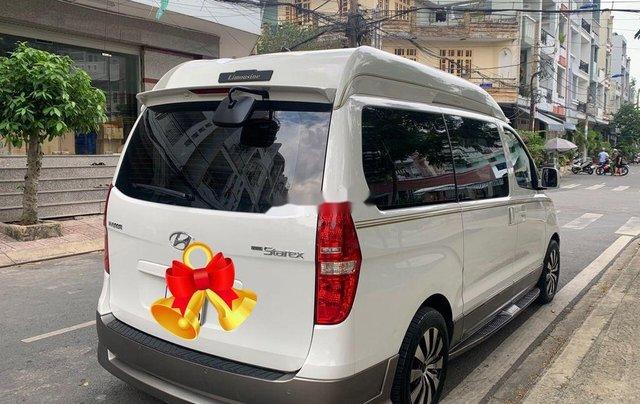 Cần bán gấp Hyundai Grand Starex năm 2016, xe nhập, số tự động1