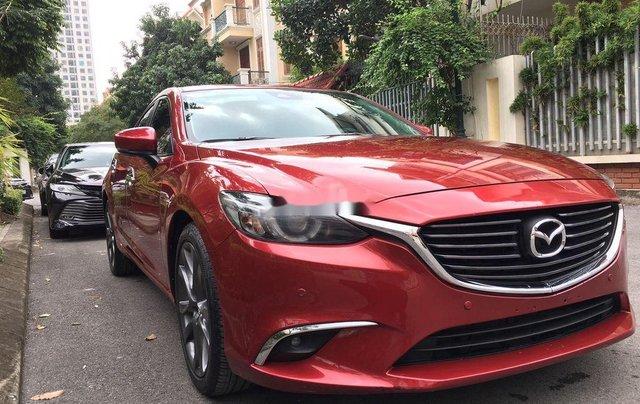 Cần bán lại xe Mazda 6 sản xuất 2017, hỗ trợ bank 70%1