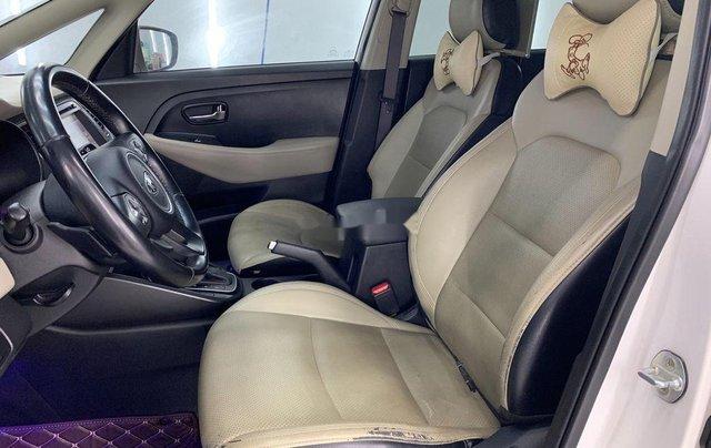Cần bán gấp Kia Rondo năm sản xuất 2016 còn mới giá cạnh tranh9
