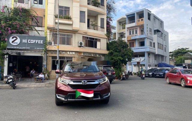 Cần bán gấp Honda CR V sản xuất năm 2018, nhập khẩu0